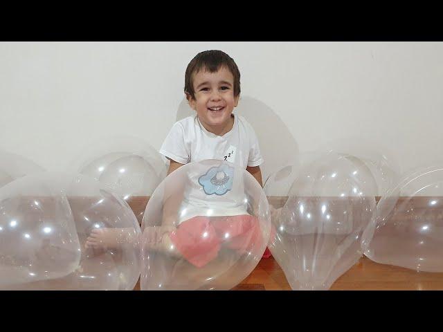 Berat Buğraya Görünmez Balon Şakası Yaptı