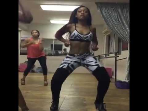 Buhle Samuels dance routine thumbnail