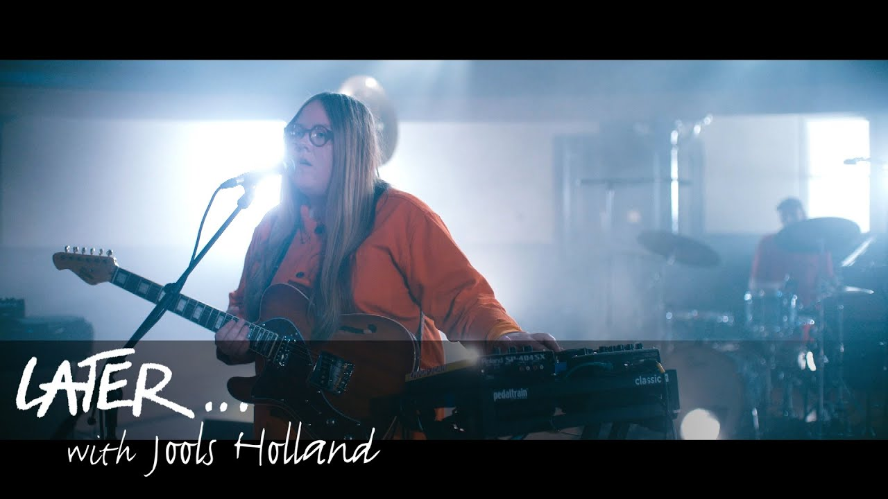 Emma-Jean Thackray – Say Something (Live on Later)