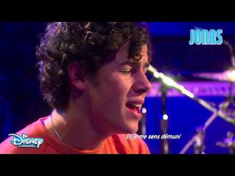 Jonas - Chanson : Critical