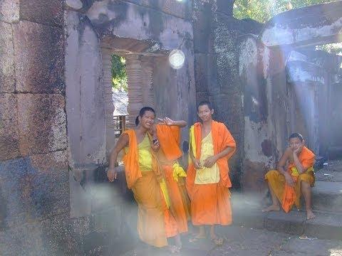 Tibetan Gyuto Monks Chanting The Guhyasamaja Tantra