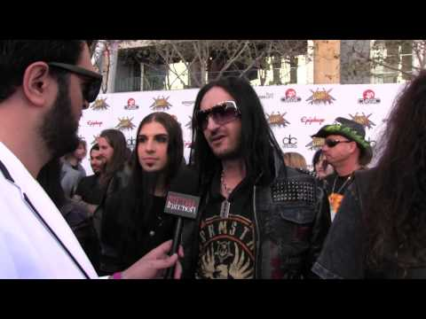 Dope offer Advice to Drug Dealers at REVOLVER GOLDEN GODS 2014 | Metal Injection