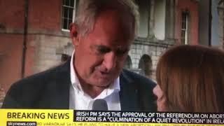 Peter Boylan gets heroes welcome in Dublin castle after referendum