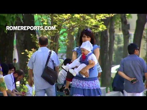 Vấn đề những người mẹ đơn thân được đưa ra thảo luận tại Thượng Hội đồng Giám mục