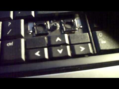 how-to-clean-your-laptop's-keyboard-by-removing-the-keys-tutorial