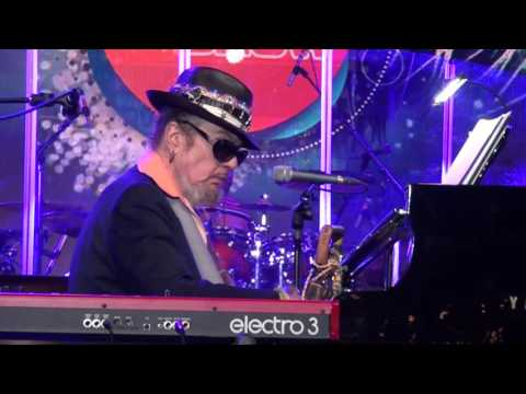 How Come My Dog Don't Bark (When You Come Around) - Dr John & The Nite Trippers - musicUcansee.com