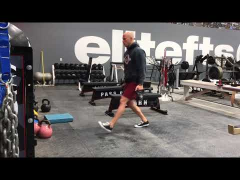 The Forward to Reverse Lunge Combo