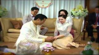 Repeat youtube video FrankFrankRED Voice2553 10 07 mpg หม่อมปลื้มแต่งงาน