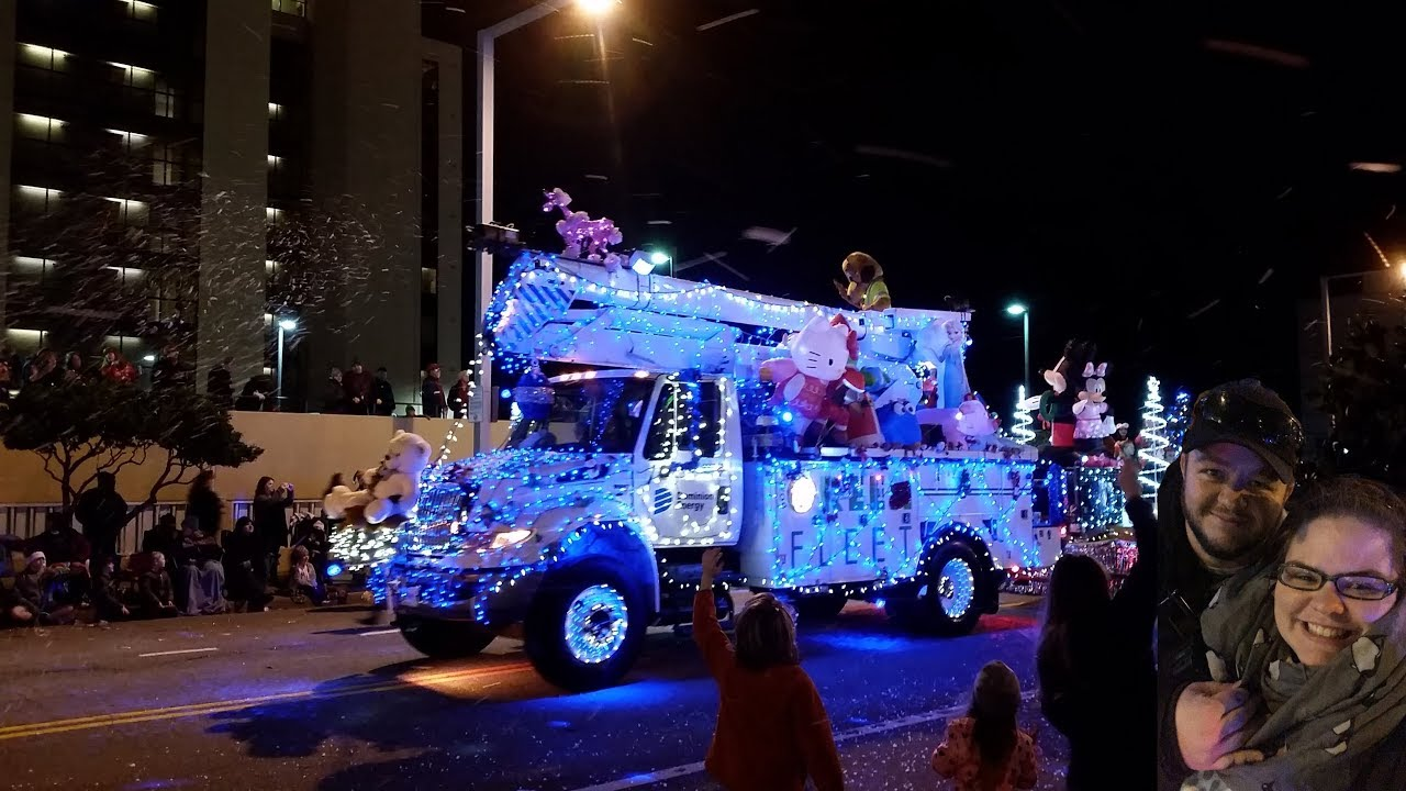 Virginia Beach Christmas parade 2017 (Night time) - YouTube