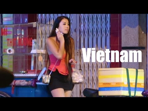 Vietnam Nightlife 2017 - Saigon Vlog 176