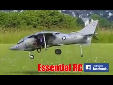 AMAZING RADIO CONTROLLED Hawker Harrier JUMP JET