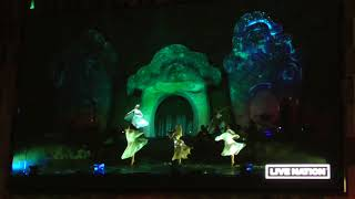 Lindsey Stirling & YOSA   Angels We Have Heard on High