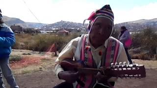 """Musica Andina - Lago Titicaca Puno Peru """"El Walaycho de los Andes"""""""