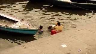 varanasi ghats - bathing in the ganges