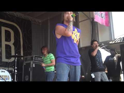 brokeNCYDE 40 Oz  Warped Tour 2009