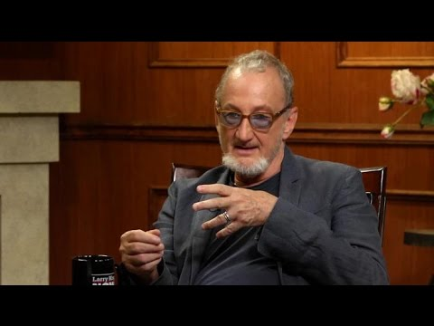 'Scream' and 'Elm Street' Actors Tribute Wes Craven | Larry King Now | Ora.TV