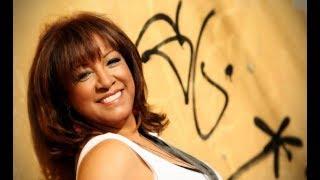Volvio Juanita - Milly Quezada (Merengue Navideño)