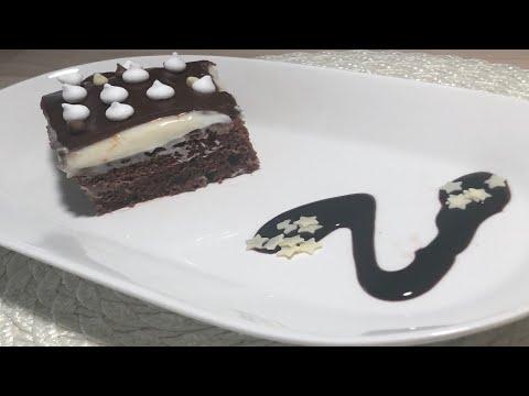 délicieux-gâteau-au-chocolat-à-la-crème.
