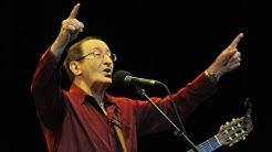 Le chanteur algérien Idir, légende de la musique kabyle, est mort