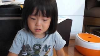 とわちゃん3才2ヶ月子供。 現在は>http://www.youtube.com/user/hitosh...