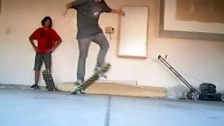 Slo Mo Garage Sesh #2 Zach Collins And Andrue Bellamy Skateboarding