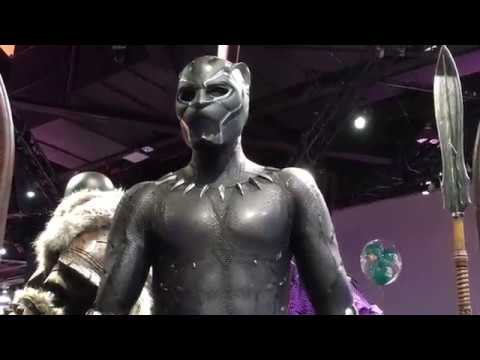 D23 2017 : Marvel Studios Booth - Black panther suit