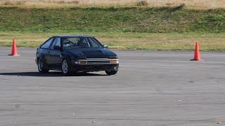 個人的に好きなBRZ、AE86のジムカーナシーン 青のBRZはプロの方みたいで...