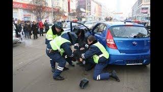 пьяная женщина за рулем ехала в Александров/жесть