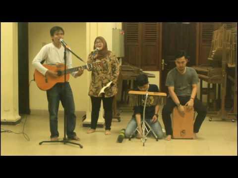 Musikalisasi Puisi: Potret Guruku karya M. Sinar Hadi