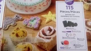 The Wilton Baking Set! - What it brings??