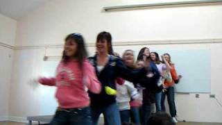 Ti Thuitail Beyonce Medley RAM 09 Colaiste Chamuis