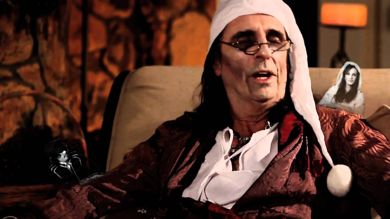 Alice Cooper - 10th Annual Christmas Pudding (HQ) - YouTube