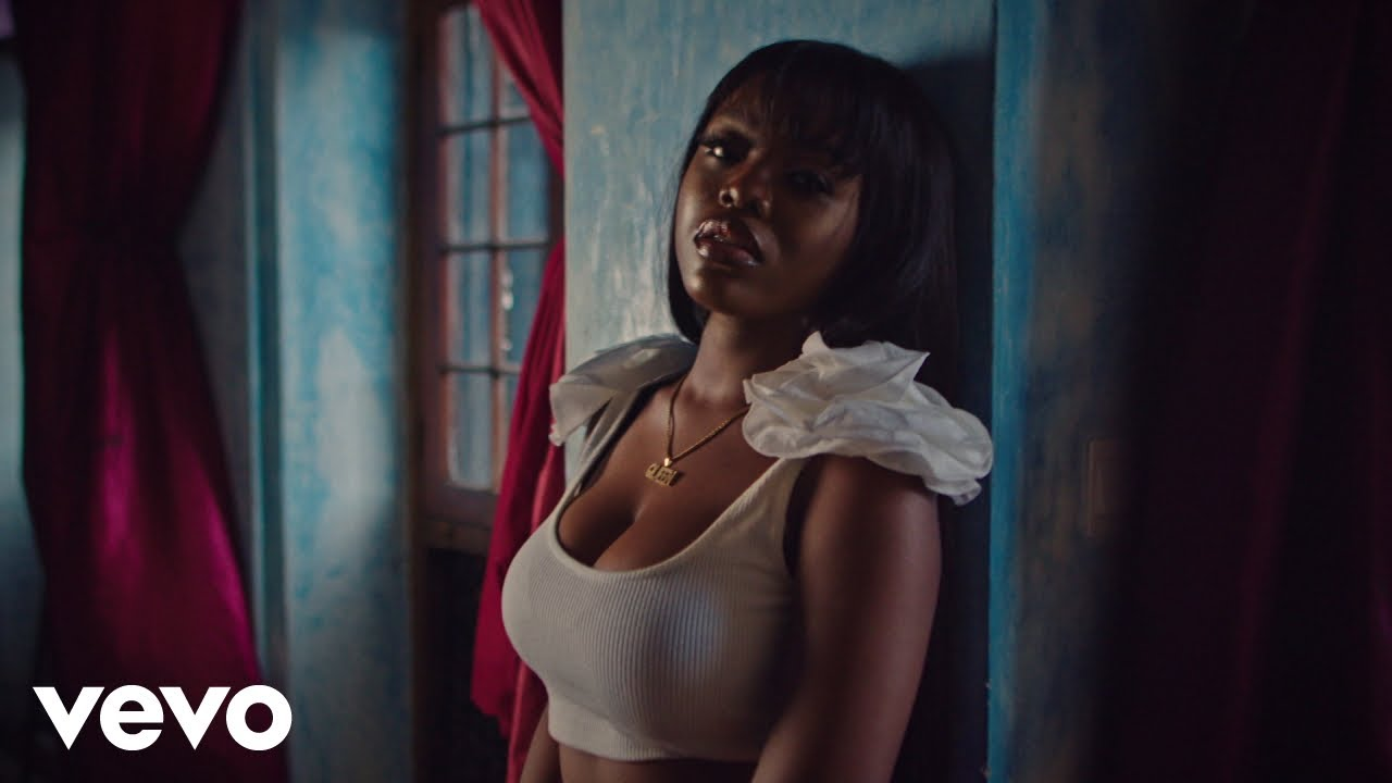 Download Gyakie - NEED ME (Official Music Video)