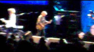 Walking With A Mountain- Mott The Hoople-Hammersmith Apollo 05.10.09