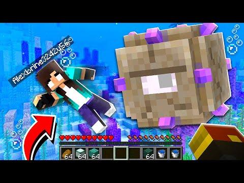 noob Girl RAIDS Underwater Minecraft Temple! (scary)