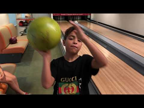 Bowling In The White House (Truman Bowling Alley)