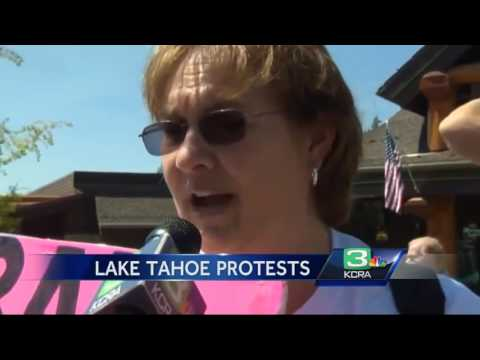 Demonstrators rally against Obama, Brown outside Tahoe Summit