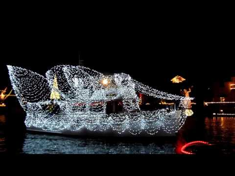Huntington Harbor Boat Parade Philharmonic Cruise Of Lights®