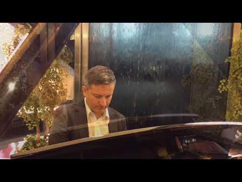 Paul Stillo - Toronto Pianist | Private & Corporate Events