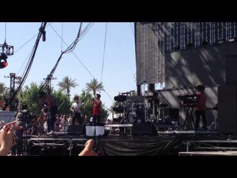 Chance the Rapper & Justin Bieber - Confident (Live at Coachella)