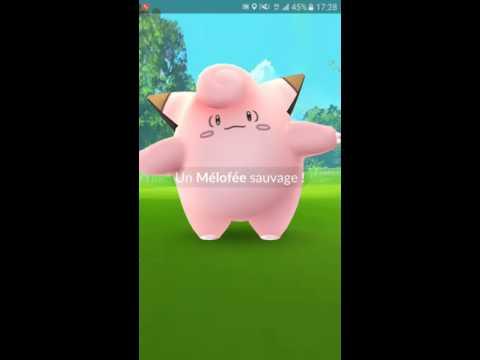 Pokémon Go - Chasse au Champs de mars / Tour Eiffel