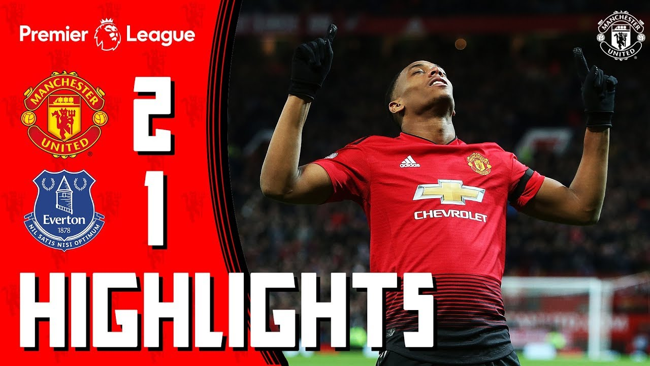 Highlights   Manchester United 2-1 Everton   Martial Stunner Seals the Points!