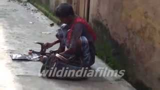 India roadside Cobbler ( Shoes shining ,shoe & sandal repairer) Only for India