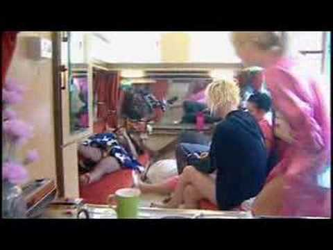 Big Brother 8 UK: Nicky, Tracy & Laura Bitch about THE TWINS