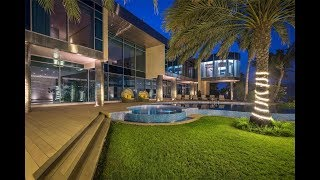 Private Palm Jumeirah Beachfront Palace in Dubai, United Arab Emirates