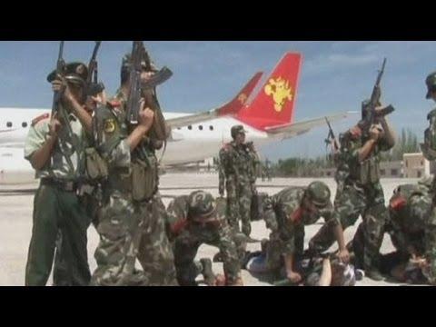 Passengers take down plane hijackers in China