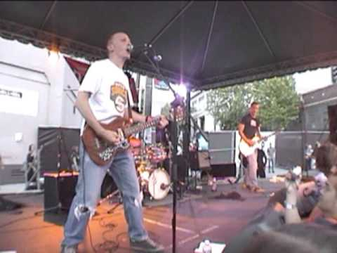 The Presidents of the United States of America - Lunatic to Love (Live at CHBP 2003)
