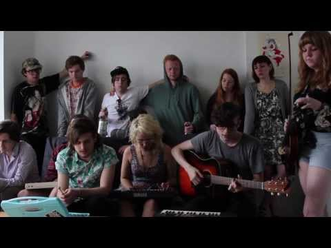 Julia Brown - i was my own favorite tv show the summer my tv broke (Birdtapes Session)