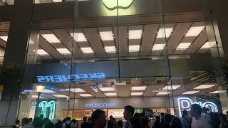 Gambar cover Apple Store in Hong Kong iPhone 11, iPhone 11 Pro & iPhone 11 Pro Max