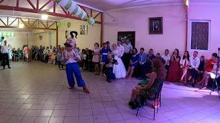 Як козаки на весіллі Sex Bomb танцювали
